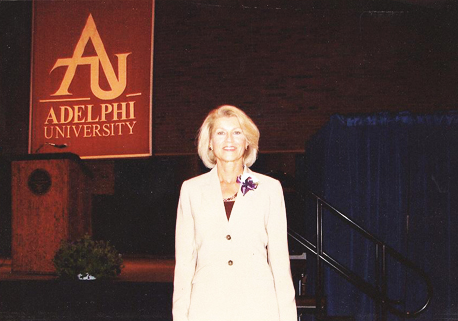 Mary Perry, M.S. '06 at the Alpha Omega Chapter Sigma Theta Tau Induction.