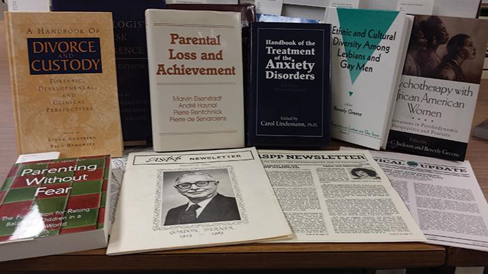 derner-alumni-library-collection