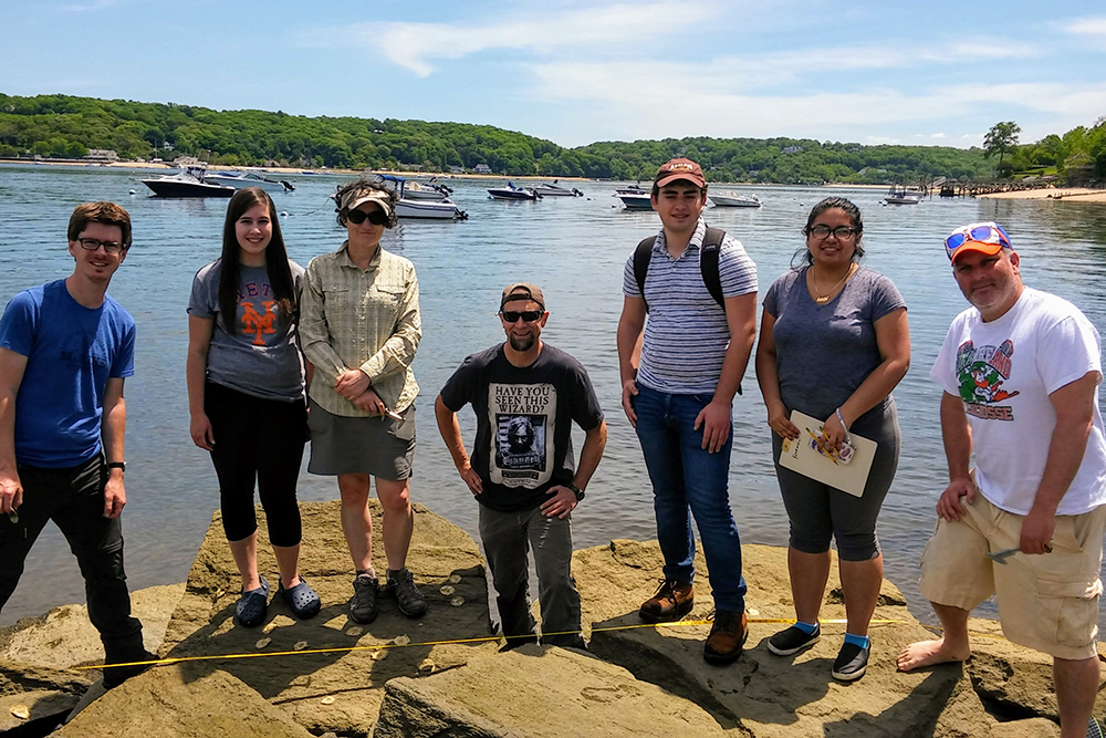 Environmental Science Students Oyster Catching